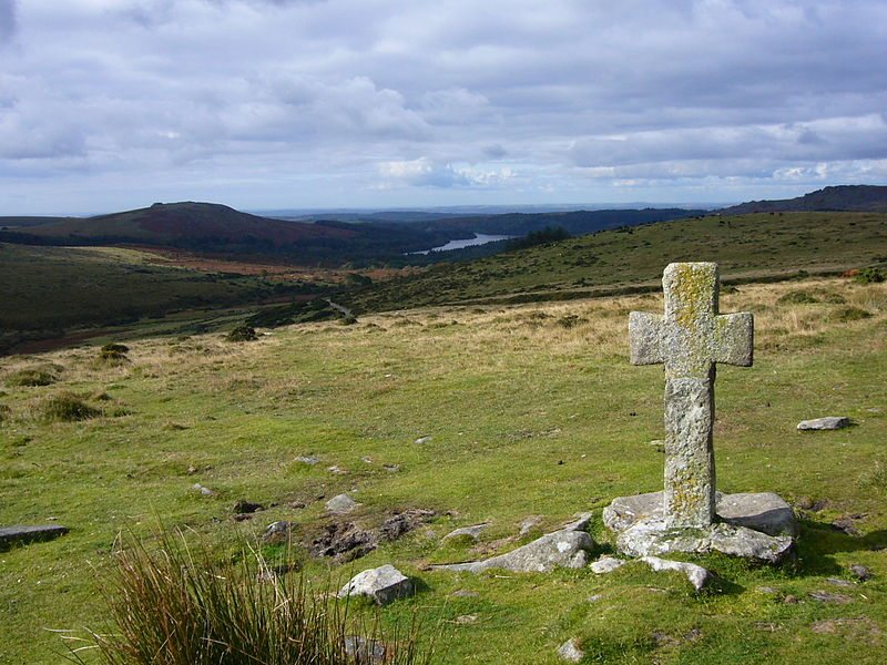 Dartmoor: Crazywell cross