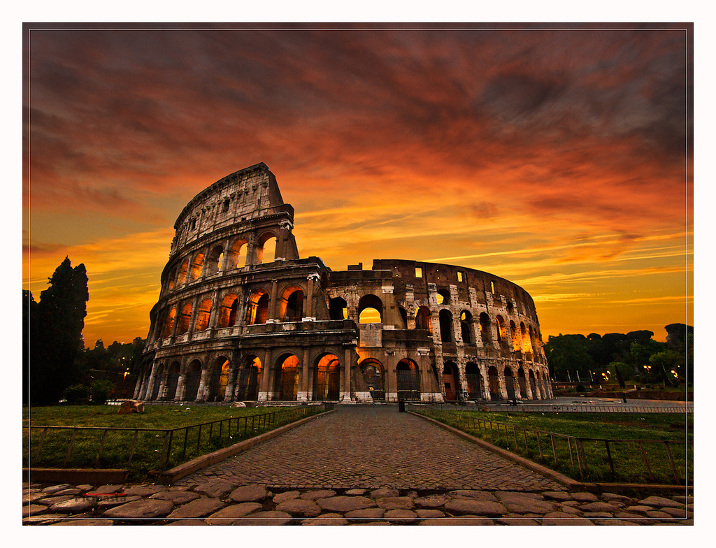 Sunrise at the Colosseum (Flavian Amphitheatre)